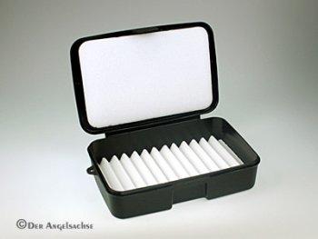 Danica Black Fly Box Medium